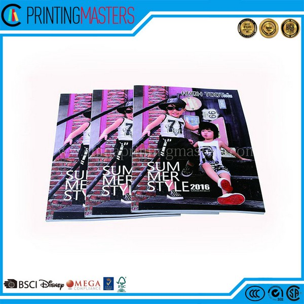 Chinese Professional Offset Printed Magazine Printing Full Color